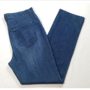 GLORIA VANDERBILT Amanda Straight Leg Jeans 1728E1